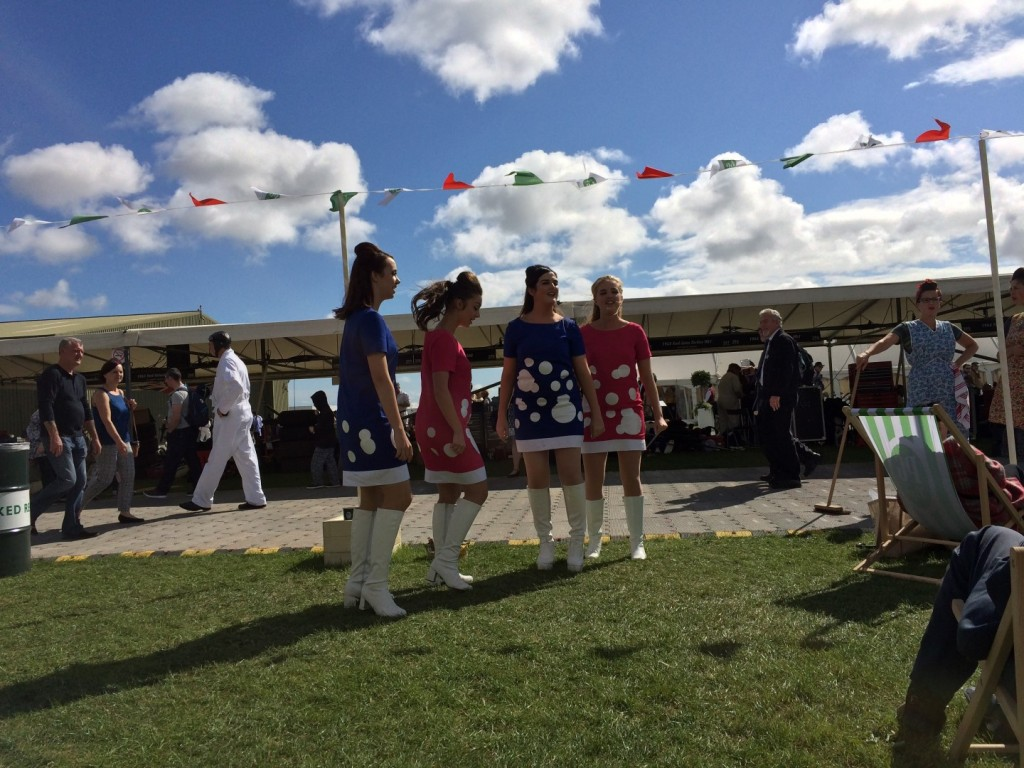 Dowop girls at Goodwood