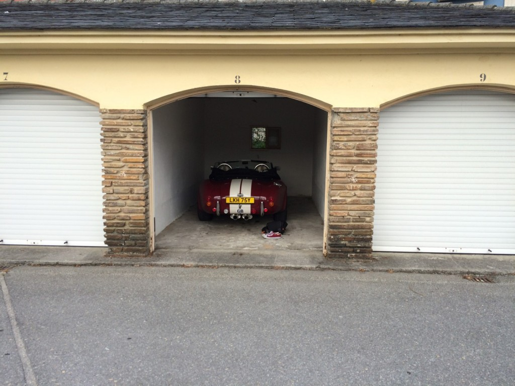 We managed to get Cobie a garage for the night at the Parador